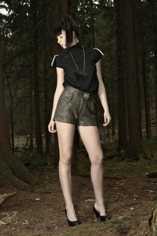 Alja Slemensek - Fashion Collection - Origami Warrior - Green Short Pants