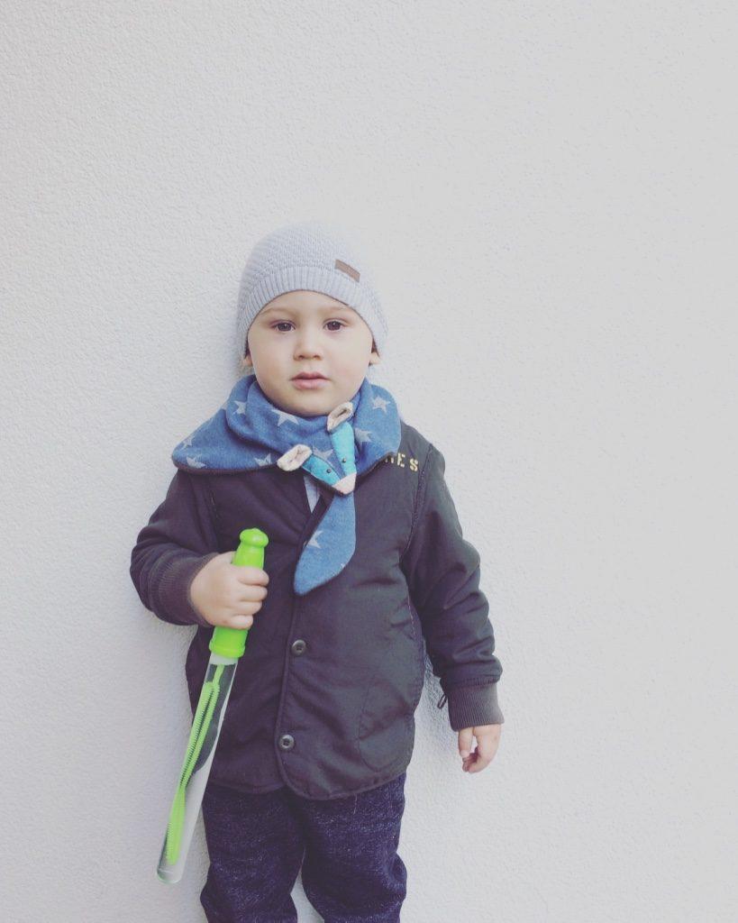 Alja Slemensek - Fox Scarf for Kids - Blue Scarf & Beanie Look :)