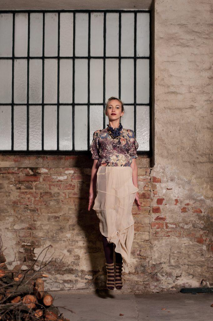 Alja Slemensek - Lookbook - Long Beige Skirt & Pattern Top