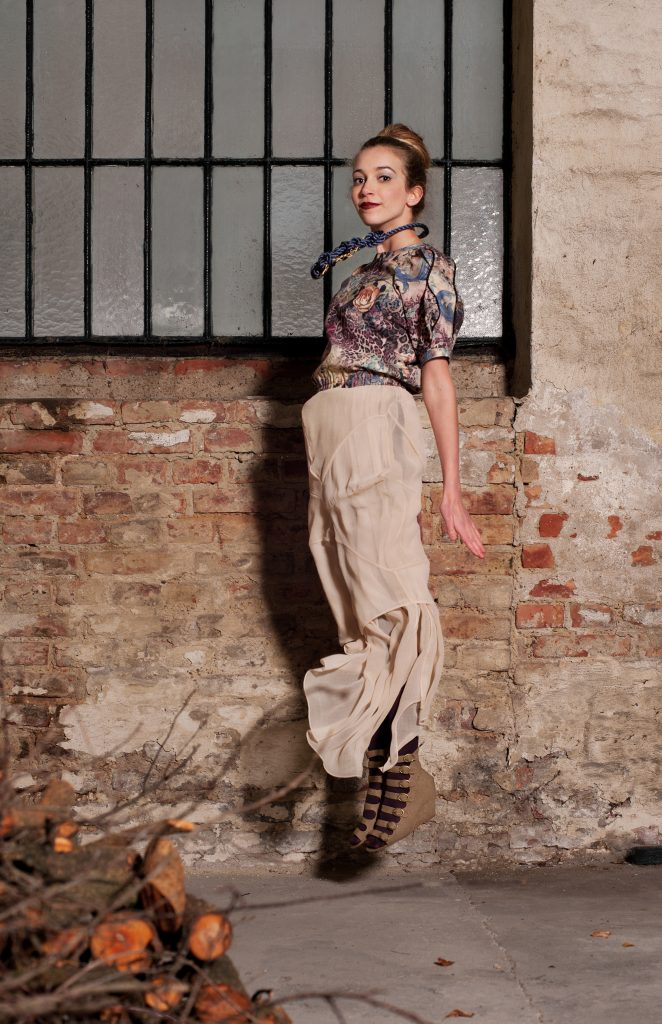 Alja Slemensek - Lookbook - Long Beige Skirt