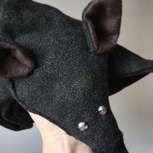 Fox Scarf Dark Grey Shiny Eyes