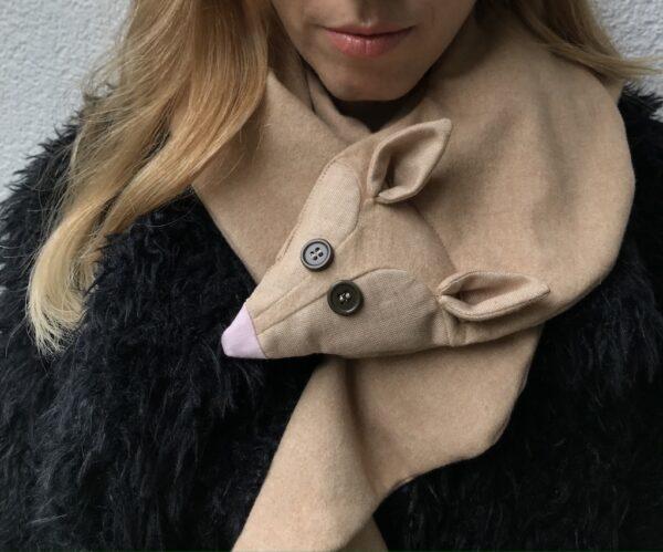 Animal scarf for Women - Desert Fox - Close-Up