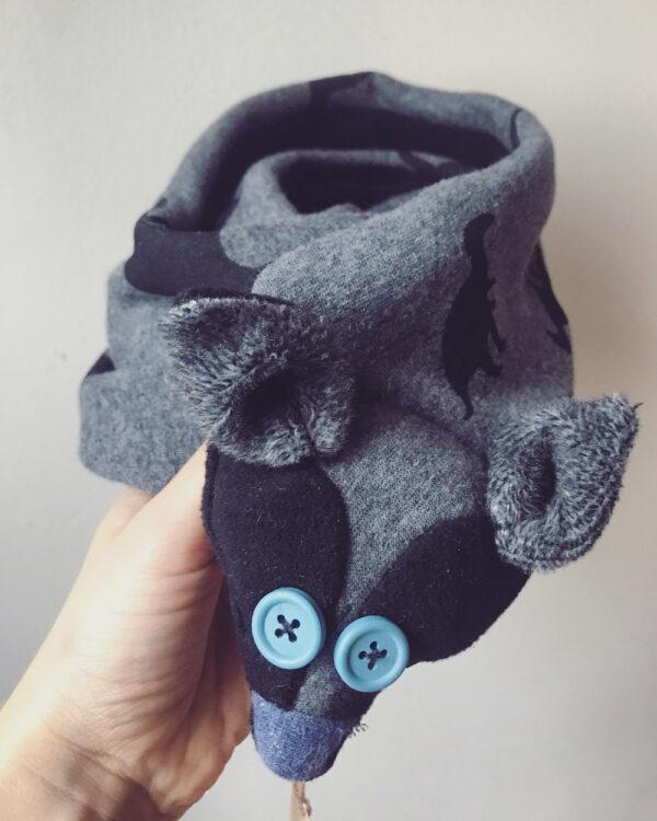 Dino fox scarf black and blue