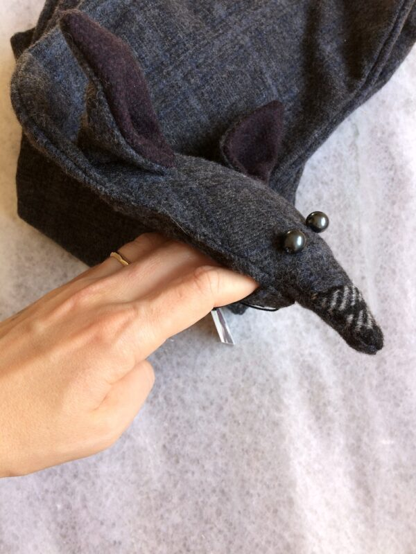 Grey fox scarf with pearl eyes