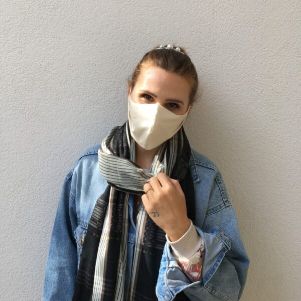 Organic cotton face mask - women - front
