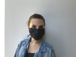 Cloth face mask - black - women - front