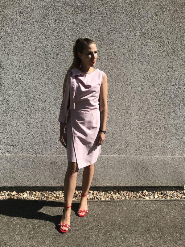Rosa Kleid mit Schleife aus Bio-Baumwolle - Vorne