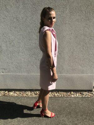 Rosa Kleid mit Schleife aus Bio-Baumwolle - Seite