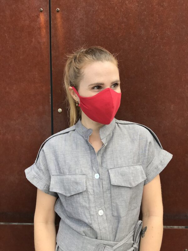 Red face mask with ties - organic cotton - quarter