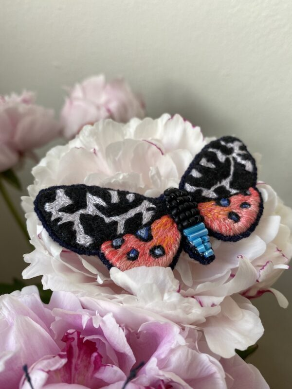 Brooch Embroidery - Butterfly - Black & Pink - Mood